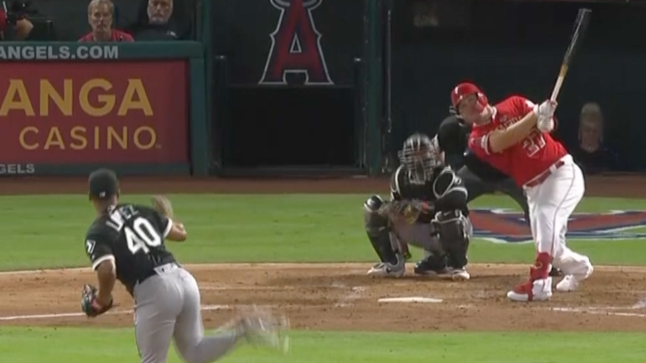 Mike Trout Clubs 40th Home Run of the Season
